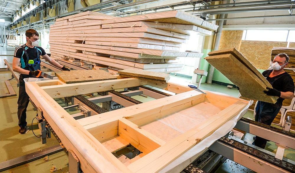 Производство домов на заводе