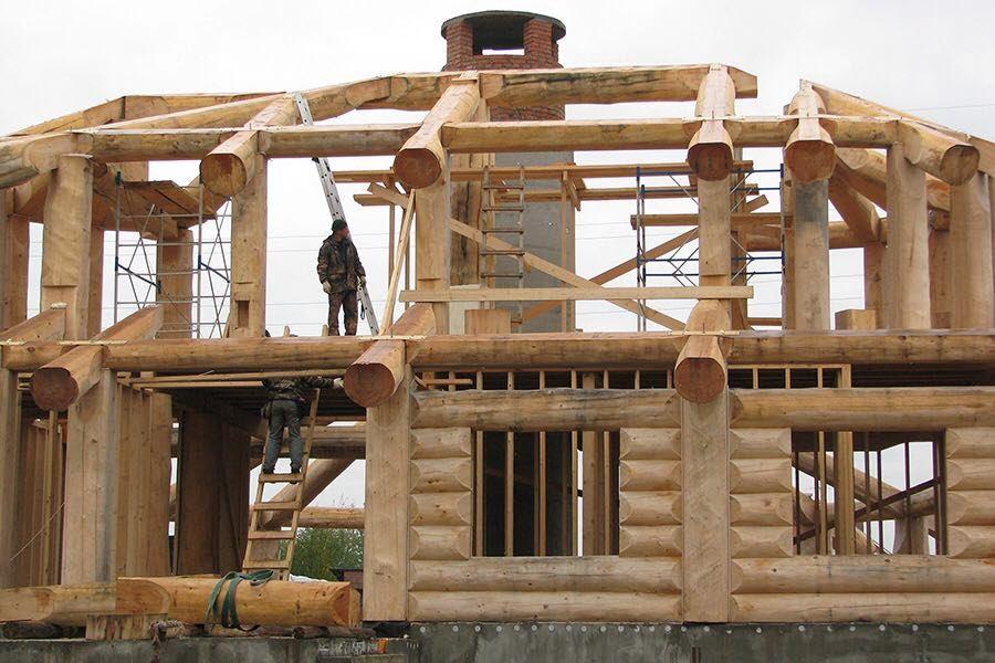 Двухэтажный дом в технике post&beam