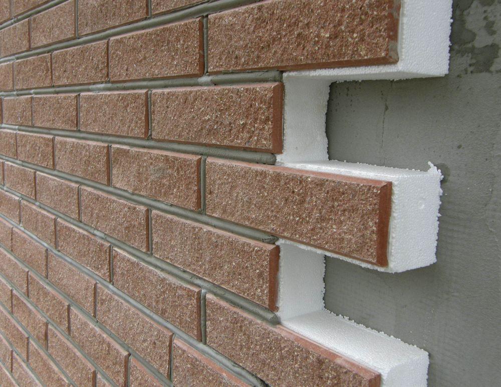 Монтаж на оштукатуренную стену