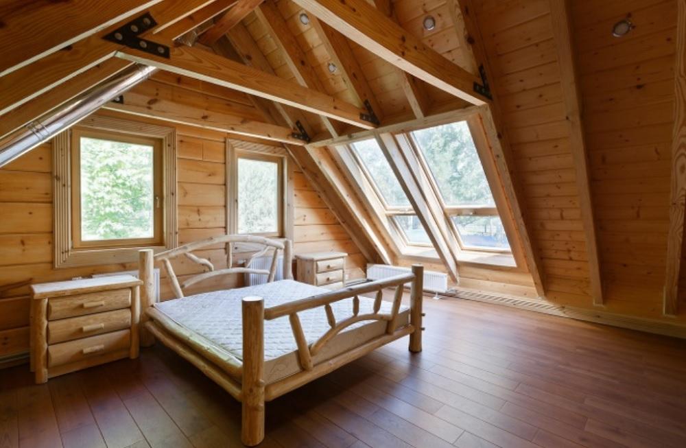 Деревянные мансардные окна